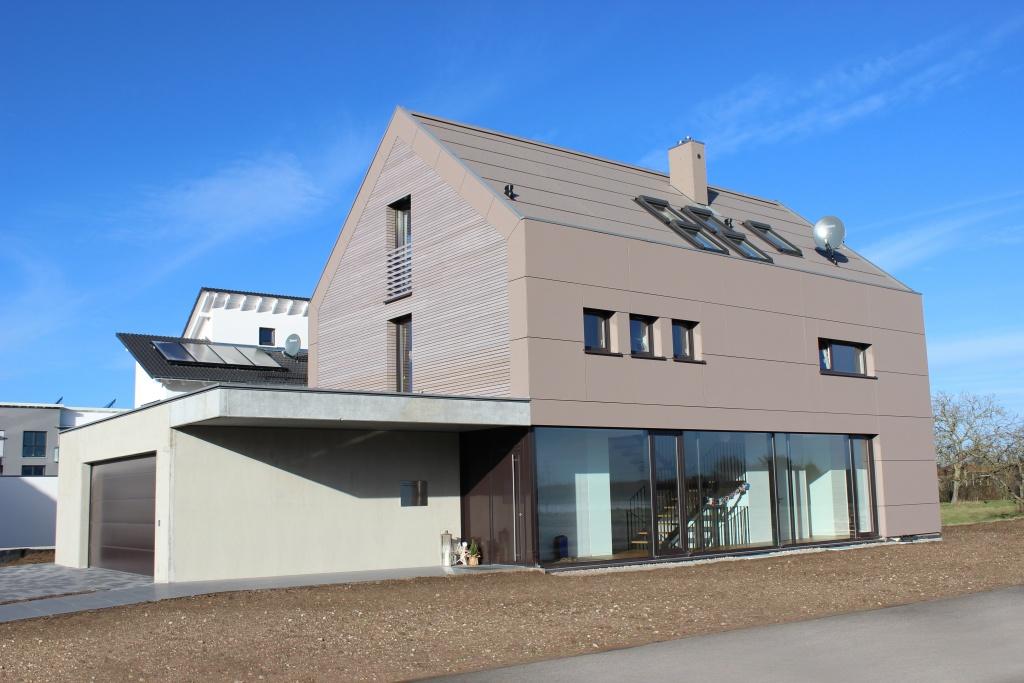 Natur trifft moderne architektur kasper neininger for Moderne architektur