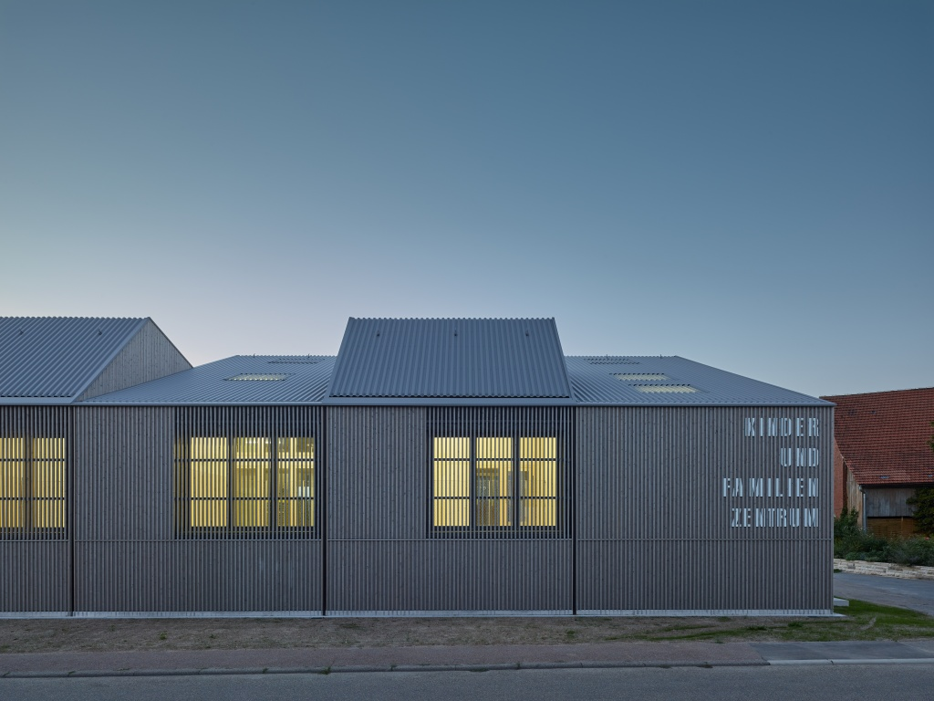 kinder und familienzentrum ludwigsburg poppenweiler. Black Bedroom Furniture Sets. Home Design Ideas